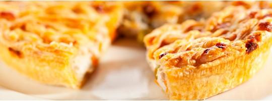 Пирог с курицей и брынзой