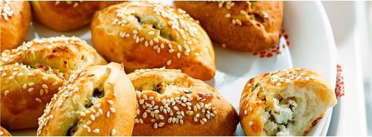 Идеальный завтрак: Румяная погача с сыром